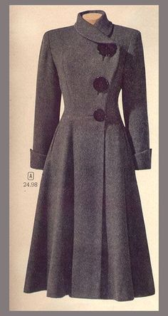 Vintage coat … I love the huge buttons in three different sizes and pretty much … - vintage outfits Retro Fashion, Vintage Fashion, Vintage Style, Trendy Fashion, 1940s Style, 1940's Fashion, Club Fashion, 50s Vintage, Classy Fashion