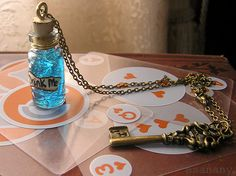 Alice au pays des merveilles collier steampunk par esanany sur Etsy