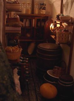 a miniature hobbit hole pantry... :-)