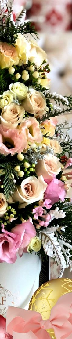 ❈Téa Tosh❈ #Christmas #teatosh 79a Box Roses, Heavenly, Bouquets, Merry Christmas, Ballet, Magic, Colours, Table Decorations, Pretty