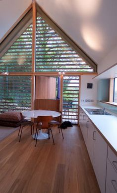 A new holiday home development on the north Cornish coast by Simon Conder Associates.  (Design Copyright: Simon Conder Associates. Photography Copyright: Paul Smoothy) #SimonConder #Architecture #Domestic #PassiveSolarGain #EcoArchitecture