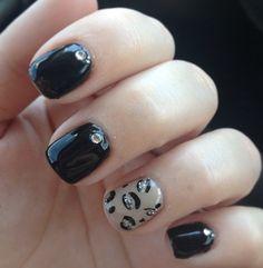 Cheetah/black gel nails