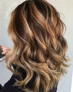 caramel hair Light Brown Hair With Caramel Blonde Balayage Brown Hair With Highlights And Lowlights, Brown Balayage, Hair Color Highlights, Ombre Hair Color, Hair Color Balayage, Blonde Color, Hair Color Caramel Blonde, Color In Hair, Highlight And Lowlights