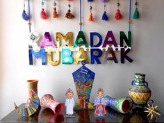 Decorations for all Occasions in one board. Eid Crafts, Ramadan Crafts, Ramadan Decorations, Diy And Crafts, Crafts For Kids, Paper Flowers Craft, Flower Crafts, Aid El Fitr, Ramadan Sweets
