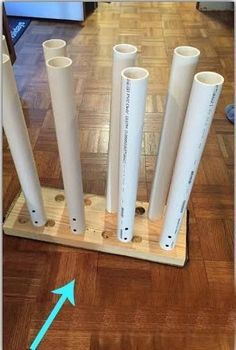 You're going to love this collection of DIY PVC Pipe Projects and Ideas! Includes DIY winter storage ideas organizing hacks and DIY home decor! We never imagined doing all these creative projects for your home using plain old PVC pipes! Pvc Pipe Projects, Craft Projects, Projects To Try, Pvc Pipe Crafts, Diy Crafts, Boot Storage, Diy Storage, Storage Ideas, Creative Storage