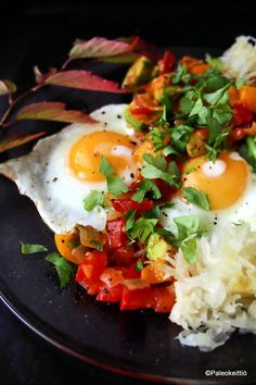 Meksikolainen muna-aamiainen | Paleokeittiö