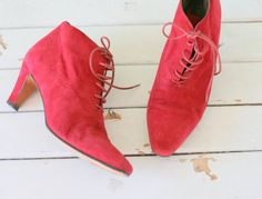 Vintage WITCH BOOTS...size 6 womens...red leather. by retroandme