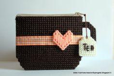 Portamonete a forma di tazza fatto a mano, by Ricamo e creazioni by Angela, 12,00 € su misshobby.com