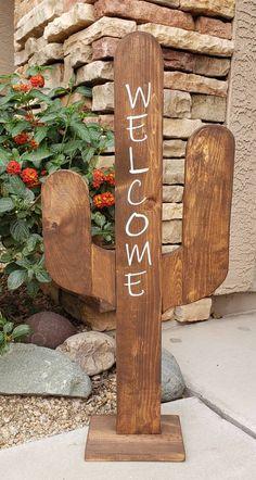 Front Door Signs, Porch Signs, Front Door Decor, Front Porch, Pallet Crafts, Wood Crafts, Old Fence Boards, Cactus Decor, Cactus Cactus