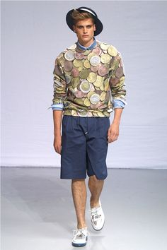 EURO jumper.. » Frankie Morello Spring/Summer 2014. Are those coins or rotting citrus slices? Maybe onions?  I'm sorry this happened to you.