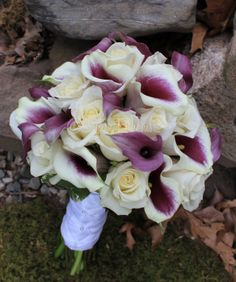 white rose and purple calla lily bouquet | Brides bouquet of purple calla lilies and white roses