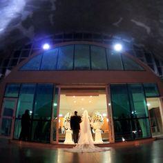Imagem still www.estudiobis.com.br - Reviver é pedir Bis. #estudiobis #bispic #igdaily #instago #instapic #instacool #instagood #instamood #igoftheday #instadaily #videojournalism #sony #videomaker #editing #vimeo #imagensinspiradoras #filmagem #wedding #bride #makingof #love #cute #nice #cool #vestido #noiva #goiania