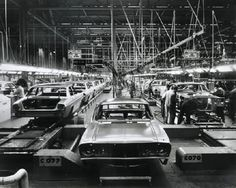 Ford Australia production of the XR Falcon in 1966 Australian Muscle Cars, Aussie Muscle Cars, Assembly Line, Ford Fairlane, Ford Falcon, Hot Rides, The Old Days, Ford Motor Company, Ford Gt