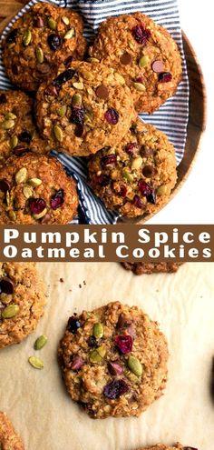 Pumpkin Oatmeal Cookies, Healthy Oatmeal Cookies, Chocolate Chip Oatmeal, Pumpkin Dessert, Chocolate Chips, Savory Pumpkin Recipes, Baked Pumpkin, Easy Cookie Recipes, Cookie Desserts