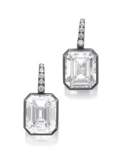 Pair of diamond earrings, Hemmerle