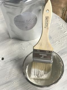 Just look at the close up of the texture so easily created by adding Fresco from Fusion Mineral Paint to the wet paint.   fusionmineralpaint.com