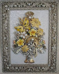 FRAMED VINTAGE JEWELRY ART CHRISTMAS TREE ~ GOLD BUTTERFLY BOUQUET color is a nice change.