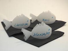 Transparente Fisch´is als Tischkarten von Hochzeitsdrucke von Schwendowius auf DaWanda.com Paper Puppets, Christian, Etsy, Activities, Deco, Gifts, Wedding, Animals, See Through