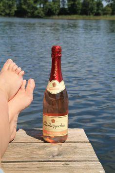 Erfrischung pur - am See und im Sektglas!