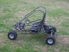 This two-seat, dual suspension Kart has a great design that makes Karting a team activity. A sister kart of the Arachnid, this is a really heavy duty machine that is a fun project to build. Build A Go Kart, Diy Go Kart, 2 Seater Go Kart, Go Kart Frame Plans, Homemade Go Kart, Go Kart Parts, Go Kart Buggy, Go Kart Racing, Go Car