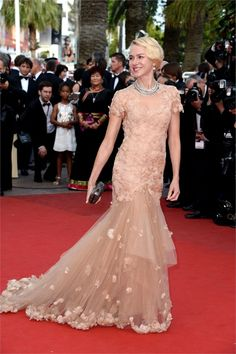 Cannes red carpet - Naomi Watts in Marchesa