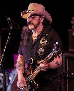 Motörhead's+Lemmy+Kilmister+dead+at+70+from+cancer
