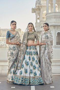 Indian designer white and green lehenga choli for wedding outfits. For order whatsapp us on wedding outfits wedding dress wedding dresses lengha lehnga sabyasachi manish malhotra Floral Lehenga, Lehenga Choli, Sabyasachi Lehengas, Bridal Lehenga, Green Lehenga, Pakistani Bridal, Bollywood Lehenga, Lehenga Wedding, Indian Bridal Party