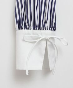 Sleeve inspiration for kurti or dress - Simple Craft Ideas Kurti Sleeves Design, Kurta Neck Design, Sleeves Designs For Dresses, Dress Neck Designs, Stylish Dress Designs, Blouse Designs, Sleeve Designs For Kurtis, Salwar Designs, Kurta Designs Women
