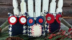 Primitive Pillows, Bowl Fillers, Christmas Ornaments, Create, Holiday Decor, Home Decor, Xmas Ornaments, Decoration Home, Christmas Jewelry