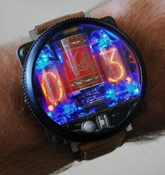Kopriso Nixie Watch Retro Watches, Big Watches, Luxury Watches, Cool Watches, Watches For Men, Aftershave, Nixie Tube Watch, Unusual Watches, Breitling Watches