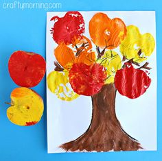Fall Crafts for Kids - Apple Stamping Tree Craft (autumn activities for kids eyfs) Fall Crafts For Toddlers, Crafts For Kids To Make, Toddler Crafts, Art For Kids, Kids Crafts, Craft Kids, Toddler Art, Creative Crafts, Felt Crafts