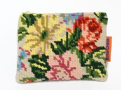 Handmade vintage Needlepoint small zippered pouch.