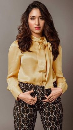 Best Beautiful Indian Actress and Models High Resolution Wallpapers [HD] Beautiful Bollywood Actress, Most Beautiful Indian Actress, Beautiful Actresses, Bollywood Heroine, South Actress, South Indian Actress, Indian Heroine Photo, Girl Fashion, Fashion Outfits