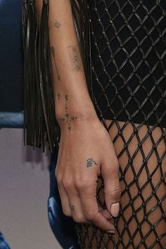 Fuck Yeah, LOLAWOLF! Zoe Kravitz arm tattoo closeup