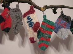 Little socks knitted from odds and ends of yarn - patterns written for to aran weight, but you could use any yarn and the socks would just come out different sizes. Christmas Knitting, Knitting Socks, Fingerless Gloves, Arm Warmers, Ravelry, Christmas Stockings, Advent Calendar, Sewing, Holiday Decor