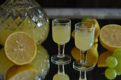 Double Peppermint Schnapps on the Rocks Berry, White Wine, Peppermint, Alcoholic Drinks, Brunch, Food And Drink, Dinner, Cooking, Tableware