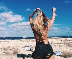 Pinterest || xlauraxf