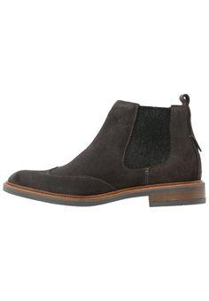 Marc OPolo Korte laarzen dark grey, 149.95, http://kledingwinkel.nl/shop/dames/marc-opolo-korte-laarzen-dark-grey/ Meer info via http://kledingwinkel.nl/shop/dames/marc-opolo-korte-laarzen-dark-grey/