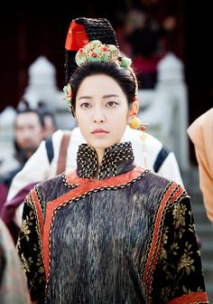 Faith, The Great Doctor ♥ the Queen in Yuan style robes 2012 Park Se Young, Time In Korea, Kim Hee Sun, Kwon Sang Woo, Cold Face, The Great Doctor, Song Seung Heon, Movie Of The Week, Korean Dress