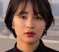 Read more about easy short hairstyles Asian Short Hair, Girl Short Hair, Short Hair Cuts, Shot Hair Styles, Curly Hair Styles, Hair Inspo, Hair Inspiration, Hair Reference, Dream Hair