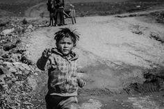 People of Tibet Children http://www.divergenttravelers.com/people-tibet-25-photos/ #Lhasa #tibet #peopleoftibet #bestphotosofpeople #bestblogphotos #divergenttravelers #photooftheday #photooftheweek #photoofthemonth #photooftheyear