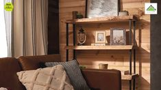 How to make a rustic bookshelf - Three untreated wooden shelves and three pairs of metal legs. You won& need much more to deco - Colorful Furniture, Display Shelves, Diy Videos, Ideas Para, Living Room, Bedroom, Home Decor, Colors, Rustic Style