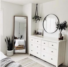 Minimalist bedroom with cheap furniture . Minimalist bedroom with cheap furniture – great bedroom furniture ideas for … Simple Bedroom Decor, Modern Bedroom Design, Room Ideas Bedroom, Home Decor Bedroom, Trendy Bedroom, Simple Bedrooms, Bedroom Inspo, Mirror Bedroom, Bedroom Ideas Master On A Budget