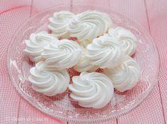 Bezele - Desert De Casa - Maria Popa Savoury Cake, Pavlova, Dessert Recipes, Desserts, Biscuits, Sweets, Cookies, Health, Food