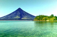 Its been awhile since Ive been home :( Mayon Volcano in Albay - Legazpi, Philippines