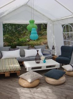 I will be doing this on my deck! 20 Cozy DIY Pallet Couch Ideas | Pallet Furniture Plans