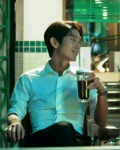 Lee Joon Gi - Lawless Lawyer Lee Joongi, Lee Jun Ki, Asian Actors, Korean Actors, Korean Dramas, Police Detective, I Love You Forever, Moon Lovers, Dream Boy