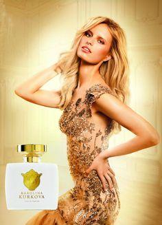 Karolina Kurkovas New Fragrance | FashionMention