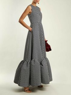 Simple Dresses, Elegant Dresses, Beautiful Dresses, Casual Dresses, Modest Fashion, Fashion Dresses, Look Fashion, Fashion Design, Curvy Fashion