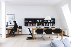 Small but bright Scandinavian apartment with black accents-so nice